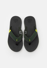 Reef - FANNING LOW - T-bar sandals - duffle lime - 3