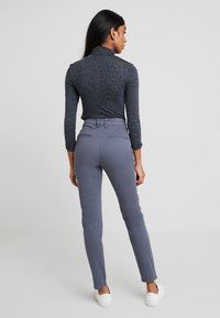 Selected Femme - SLFMEGAN - Chinos - ombre blue - 2