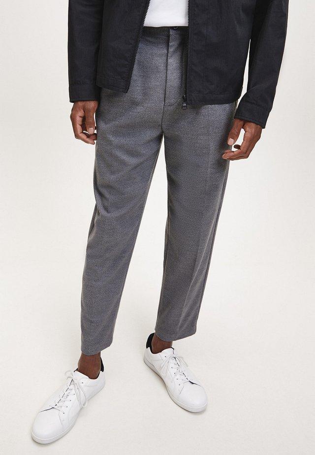 Trousers - dark grey heather
