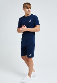 Illusive London Juniors - ILLUSIVE LONDON - Basic T-shirt - navy - 3