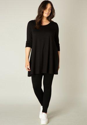 ARIA - Long sleeved top - black