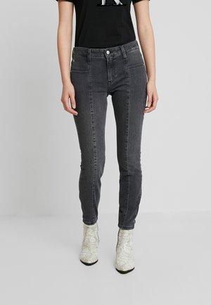 SEAMED MID RISE SKINNY ANKLE - Jeans Skinny Fit - black