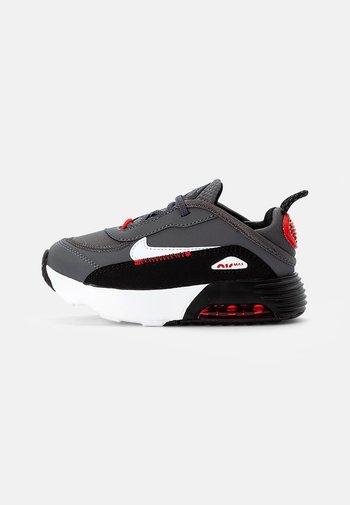 NIKE AIR MAX 2090 - Sneaker low - iron grey/white/black/red