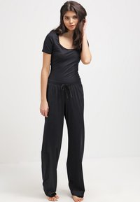 Hanro - COTTON DELUXE - Pyjama bottoms - black - 1