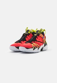 Jordan - WHY NOT SE - Scarpe da basket - bright crimson/black/university red/white/bright cactus/citron pulse - 1