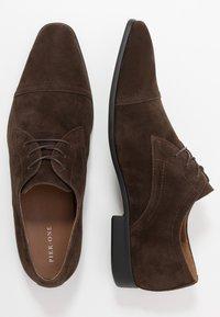 Pier One - Smart lace-ups - dark brown - 1