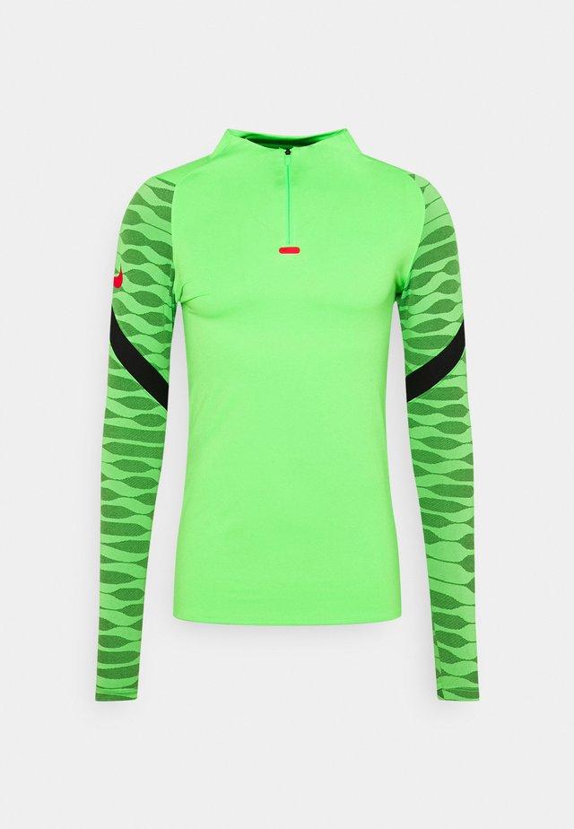 Sports shirt - green strike/black/siren red