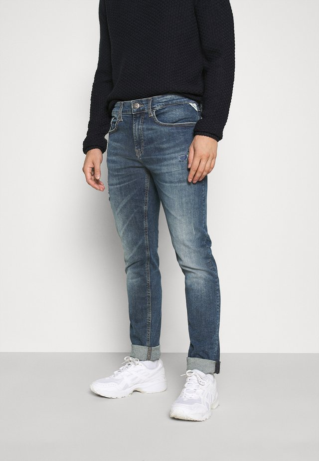 MILANO DESTROY - Slim fit jeans - pirate sea