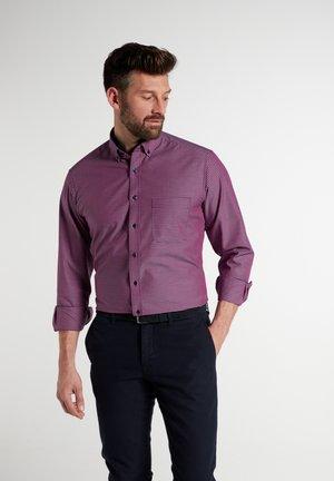 MODERN FIT - Formal shirt - rot/blau