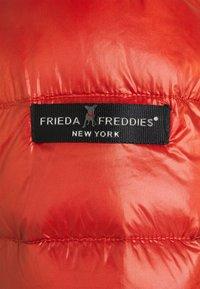 Frieda & Freddies - Down jacket - mexican chili - 4