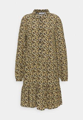 WILDA MOROCCO DRESS - Košilové šaty - blk flower