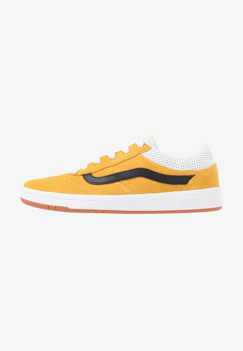 Vans - CRUZE - Sneakersy niskie - mango mojito/black