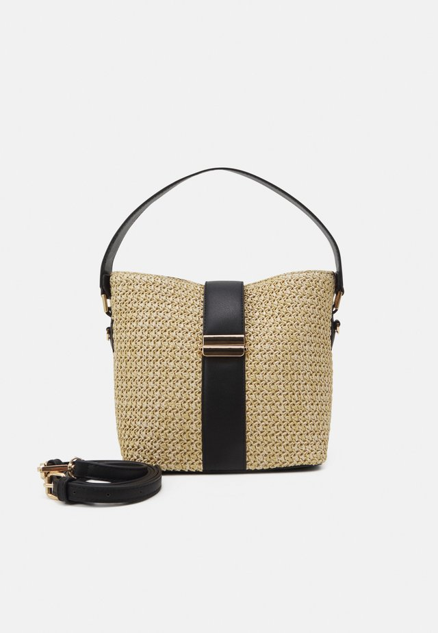 IMOGEN BUCKET BAG - Kabelka - straw/black