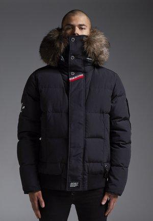 RESCUE  - Gewatteerde jas - black