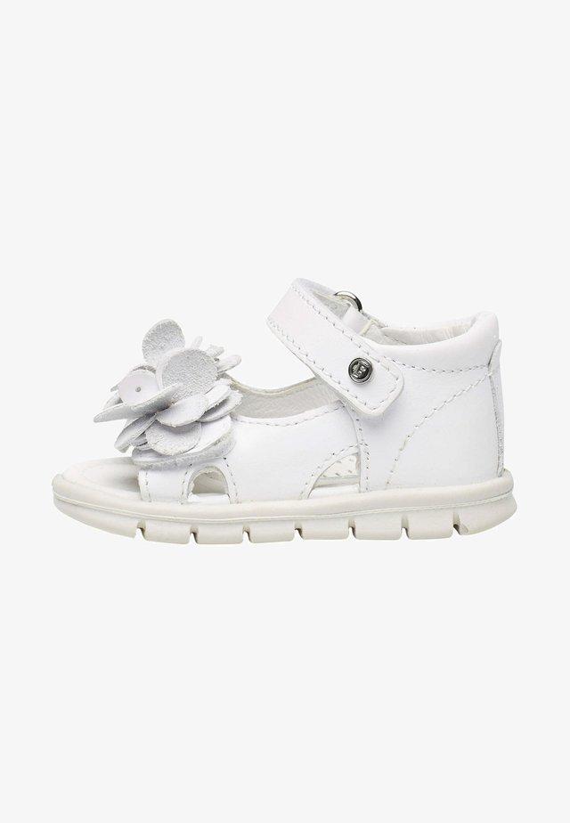 BALZO CON FIORI APPLICATI - Walking sandals - weiß