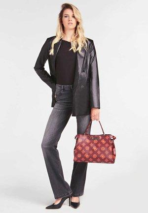 SAC A MAIN UPTOWN CHIC LOGO - Handbag - bordeaux