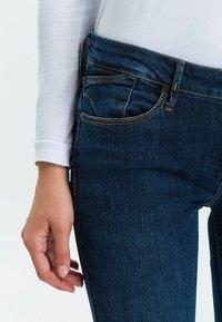 Cross Jeans - ROSE - Straight leg jeans - dark-used - 3