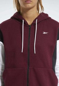 Reebok - TRAINING ESSENTIALS LOGO HOODIE - Hettejakke - burgundy - 3