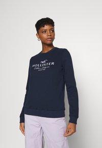 Hollister Co. - SECONDARY TECH CORE CREW - Sweatshirt - navy - 0