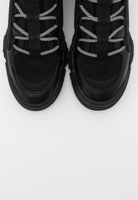 ONLY SHOES - ONLSYLKE LACE UP - Ankelboots - black - 5