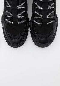 ONLY SHOES - ONLSYLKE LACE UP - Kotníková obuv - black - 5