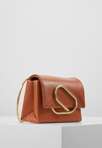 3.1 Phillip Lim - ALIXMICRO CROSSBODY - Across body bag - cognac - 3