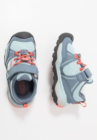 Keen - TERRADORA II SPORT - Hiking shoes - flint stone/coral - 0
