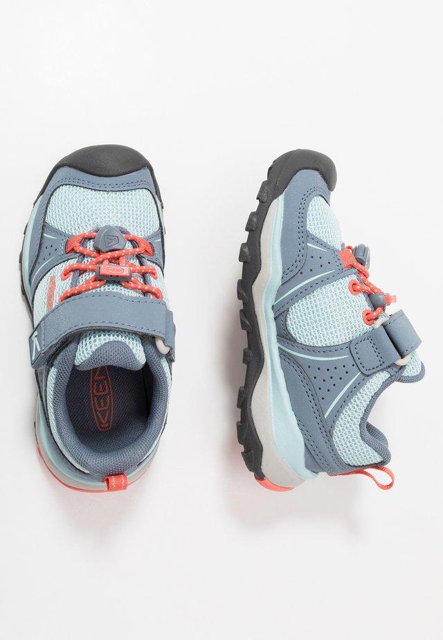 TERRADORA II SPORT - Hiking shoes - flint stone/coral