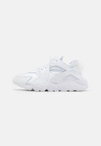 AIR HUARACHE UNISEX - Sneakers basse - white/pure platinum