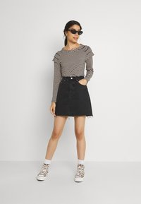 b.young - BYSUVA STRIPE  - Long sleeved top - black mix - 1