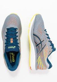 ASICS - GEL-CUMULUS 21 - Neutral running shoes - sheet rock/mako blue - 1