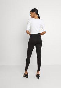 Vila - VIVALASA LEGGINGS - Leggings - Trousers - black - 2