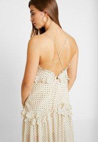 Thurley - ZETTA DRESS - Suknia balowa - creme/black - 4