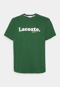 Lacoste - PLUS  - Print T-shirt - dark green - 4