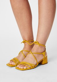Toral - Sandals - yellow - 0