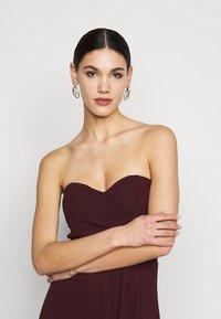 TFNC Tall - IDINA MAXI - Vestido de fiesta - dark plum - 3