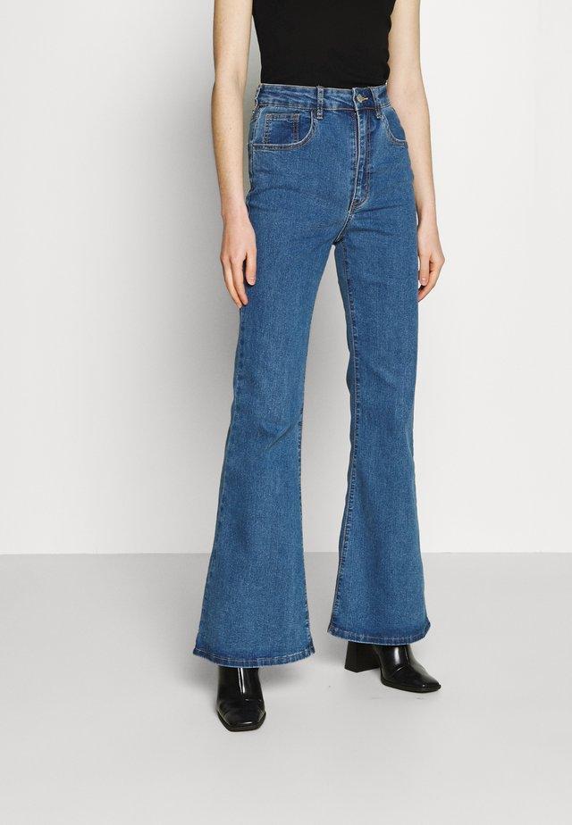 ORIGINAL FLARE JEAN - Široké džíny - lucky blue