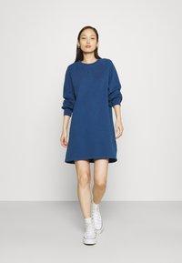 Levi's® - FRANNIE DRESS - Kjole - navy peony - 1