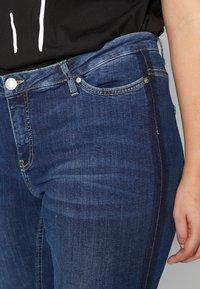 JUNAROSE - by VERO MODA - JRFIVE DELINA - Jeans Skinny Fit - medium blue denim - 4
