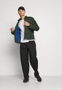 Antony Morato - COAT IN TECHNO FABRIC CONTRAST IN COMPOUNDNYLON - Light jacket - bottle green - 1