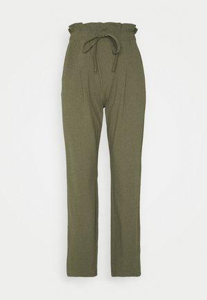 ONLKIRAS LIFE PANTS - Bukse - kalamata