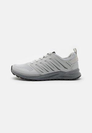 VENTO - Chaussures de marche - offwhite