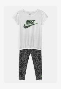 Nike Sportswear - SET - Leggings - black - 0