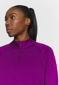 Nike Golf - THERMA LONG SLEEVE ZIP - Mikina - bright grape/bright grape - 3