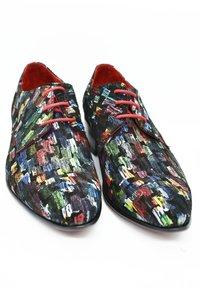 Fertini - Smart lace-ups - brush colors - 2