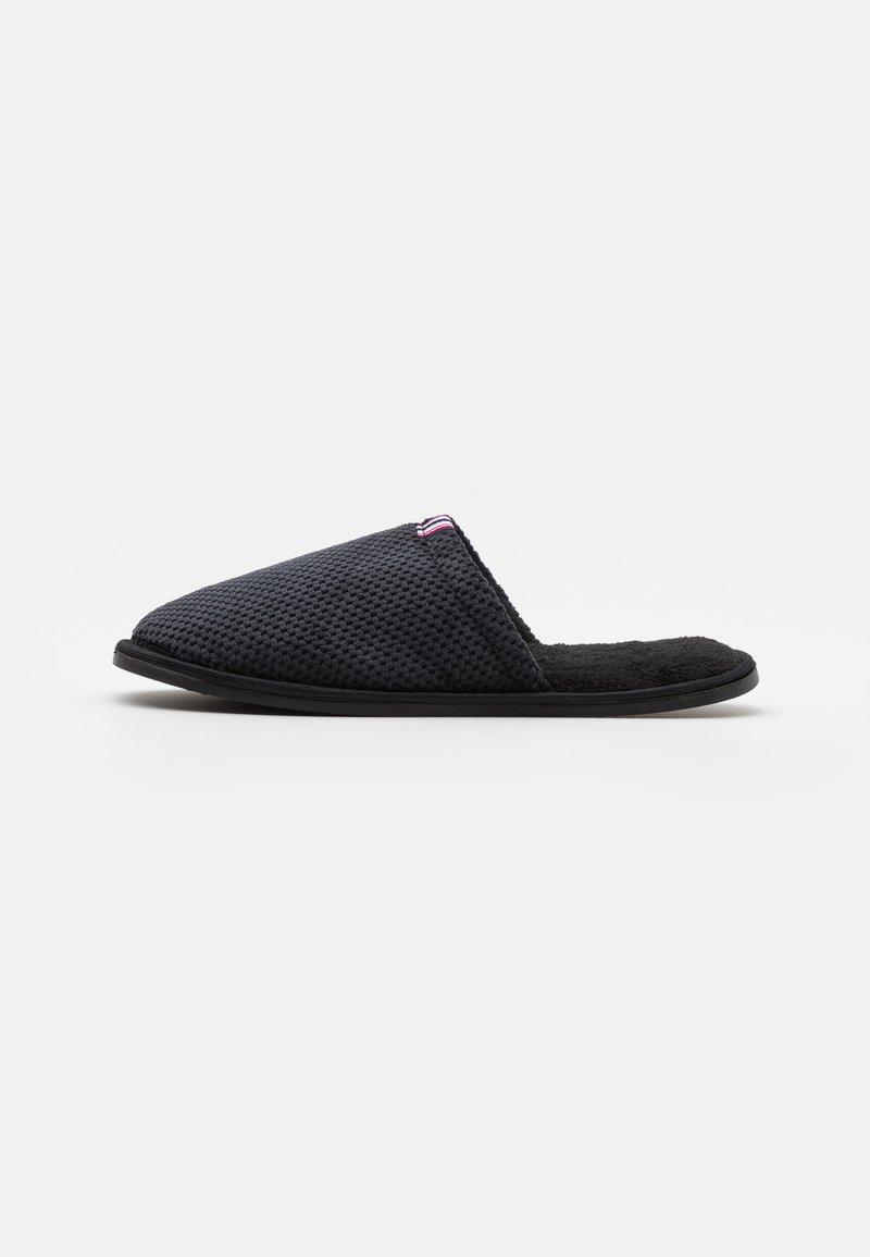 Pier One - Pantoffels - black