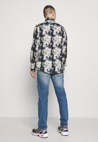 Gabba - REY - Jeans straight leg - dark blue denim - 2