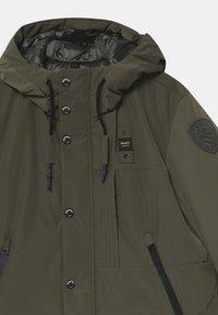 Blauer - IMPERMEABILE LUNGHI OVATTA - Winter coat - dark green - 2