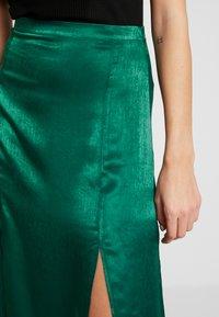 Topshop - PLAIN AUSTIN - Áčková sukně - green - 4