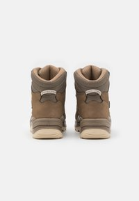 Lowa - RENEGADE GTX MID - Hiking shoes - sand/apricot - 2
